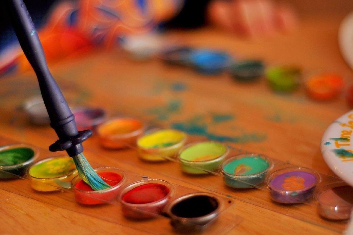 Znalezione obrazy dla zapytania pomaluj swiat kolorowo